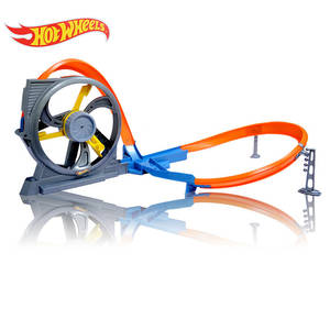 Трек Hot Wheels Turbine Twister DNN72